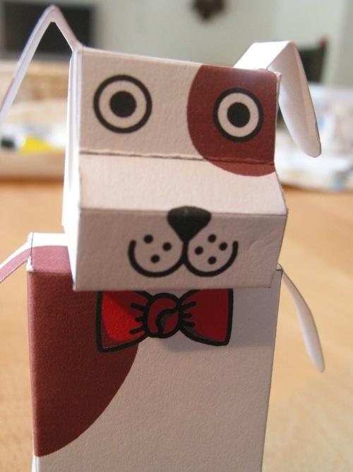 chien en papier