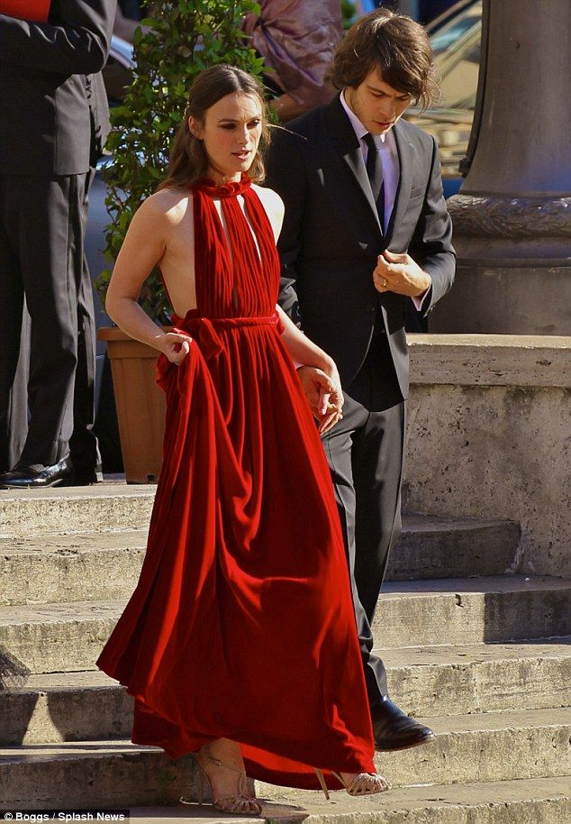 Date night? Arriving at the Teatro dell'Opera di Roma for the premiere of Sofia Coppola's La Traviata alongside her husband James Righton, the 31-year-old actress looked sensational in a scarlet gown
