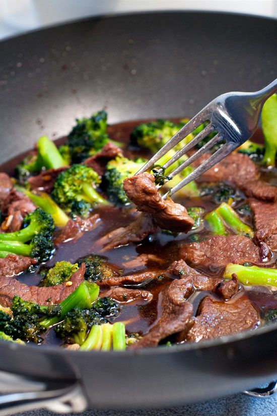 Chinese Beef and Broccoli Stir-Fry...256 calories for 4 servings -  fantastic! I have made this twice - the second time I doubled the broccoli  and l…