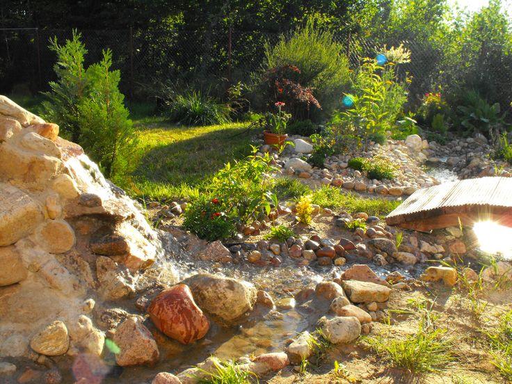 kaskada w ogrodzie