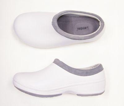 Landau Reneu slip-on nursing shoe | Scrubs and Beyond