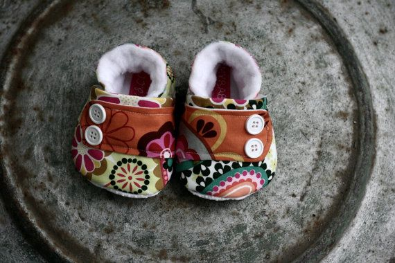 Sooo cute!Modern Baby, Handmade Baby, Baby Booty, Gift Ideas, Baby Clothing, Kids Clothing, Baby Shoes, Baby Gift, Baby Cribs