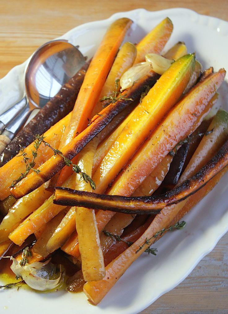 Geglaceerde wortelen met honing en tijm