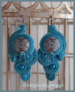 Türkizkék aszimmetrikus sujtás fülbevaló - tekert - Turquoise soutache asymmetrical earrings - wrapped