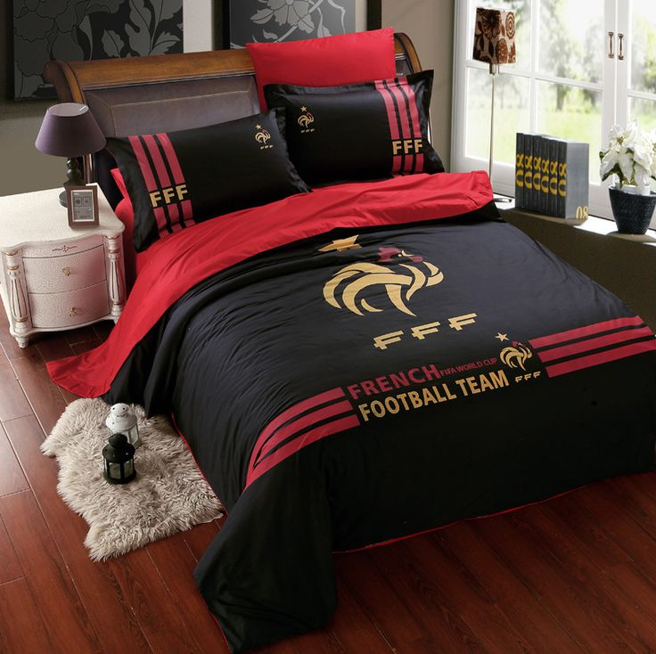les 25 meilleures id es de la cat gorie couette football. Black Bedroom Furniture Sets. Home Design Ideas