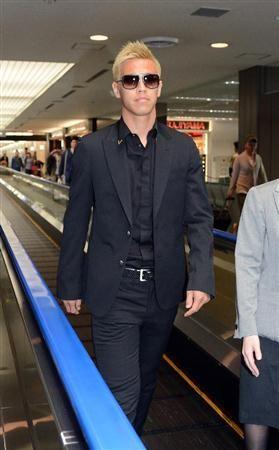 『日本で左足首の検査やリハビリを行っていた本田圭佑がモスクワに出発、CSKAモスクワに合流へ』の画像B1
