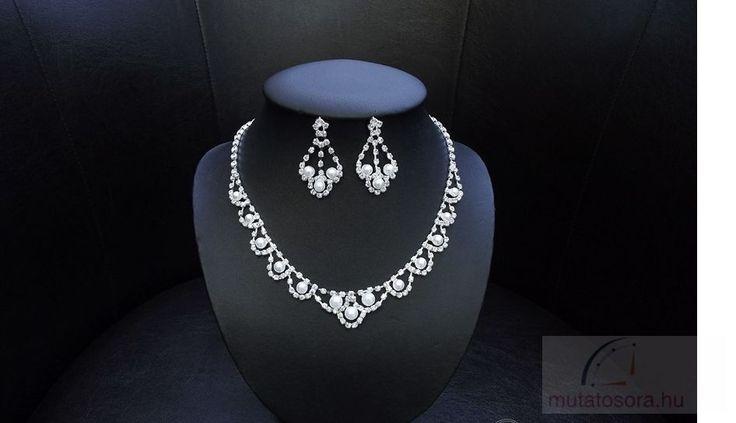 Csillogó esküvői nyakék szett strassz kövekkel és gyöngyökkel díszítve