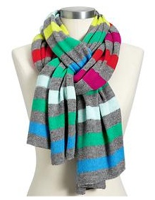 like this way of tying a scarf