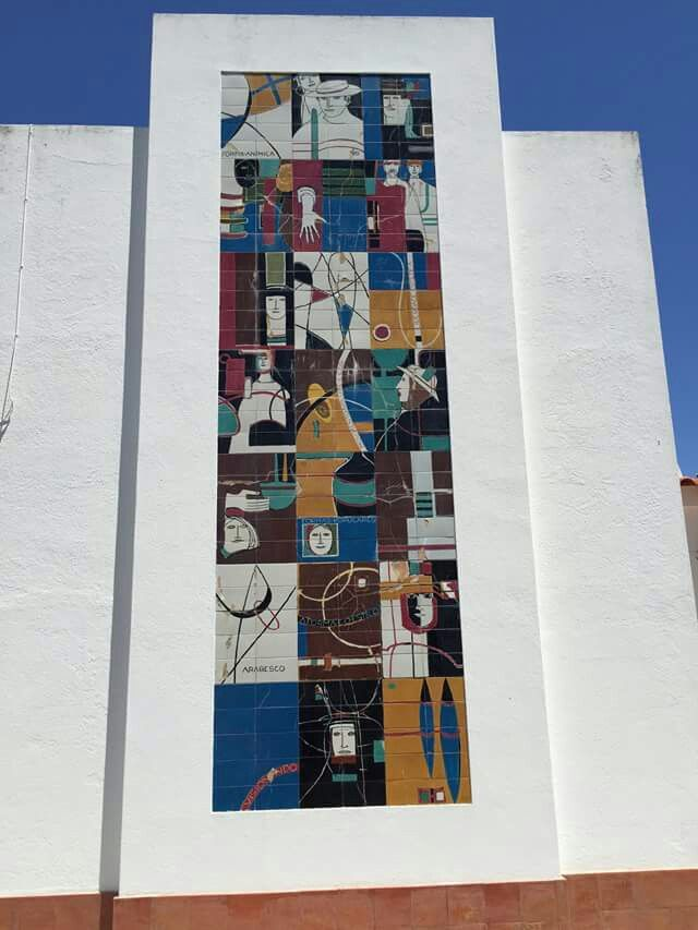 Painel de azulejos do Mestre Martins Correia - Golegã