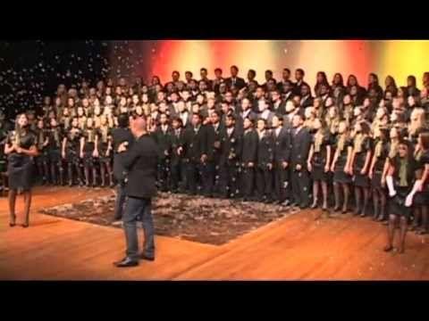 Grandioso és Tu - [Coral Jovem de Goiânia] Vídeo de Ministério Goiânia Coral em Youtube