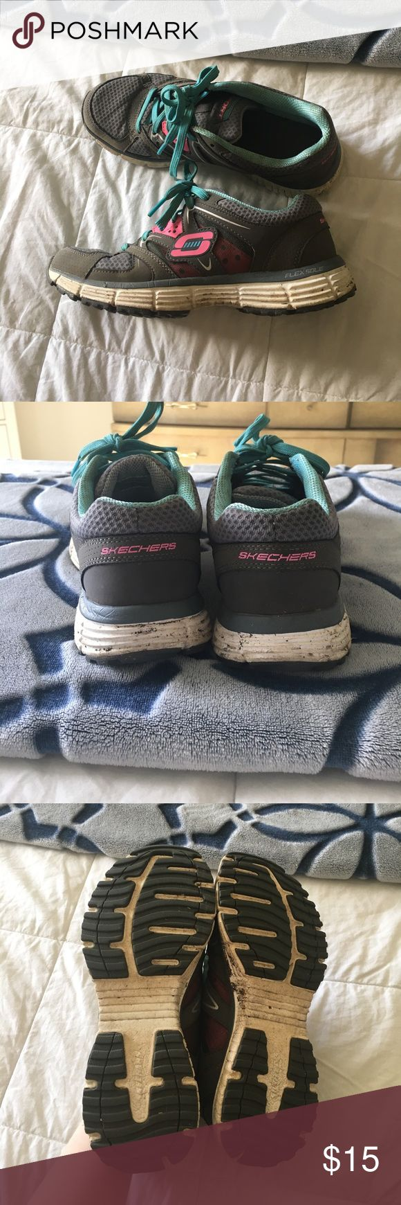 Skechers flex sole shoes Worn but still in good condition. Skechers Shoes Athletic Shoes