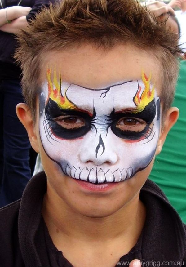 Face Painting - Skull with flaming eyes