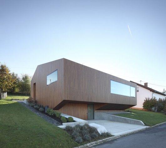 © Eibe Sönnecken Architects: Architekten Stein Hemmes Wirtz Location: Farschweiler, Germany Structure Engineers: Ingenieurbüro Trauden Hvac Engineers: