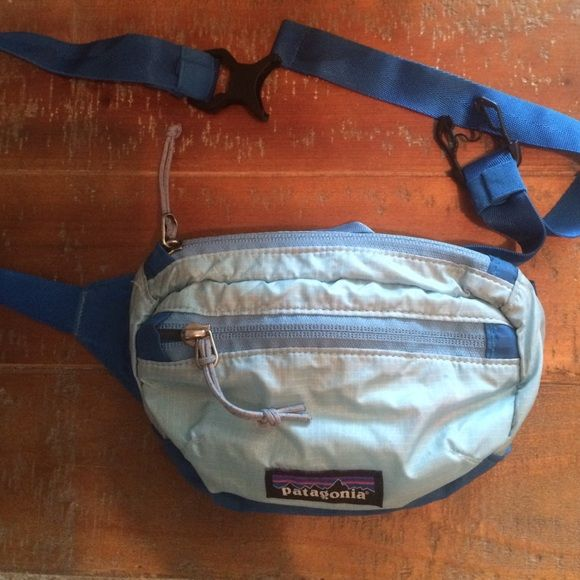 Patagonia hip pack/fanny pack EUC, super cute, folds into a pouch. Will consider fair offers. Patagonia Bags