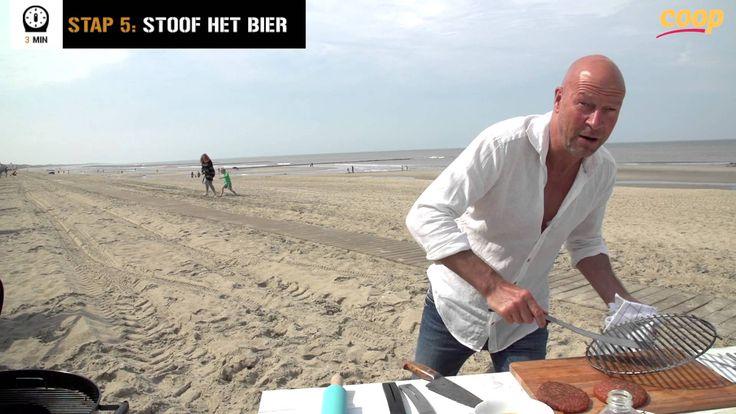 René Pluijm maakt een Italiaanse hamburger