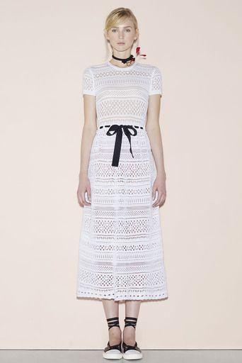2016春夏プレタポルテコレクション - レッド ヴァレンティノ(RED VALENTINO)ランウェイ|コレクション(ファッションショー)|VOGUE JAPAN