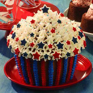 Patriotic Cupcake Cake #giantcupcake