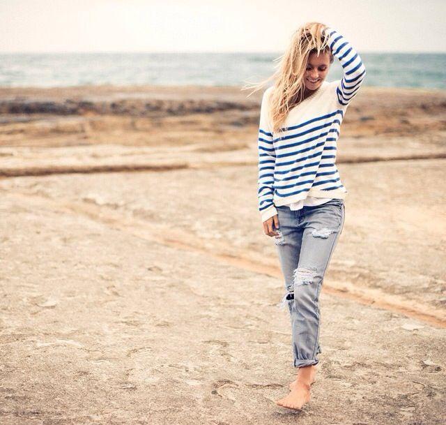 Alana Blanchard Hawaii Style (summer surf curls)