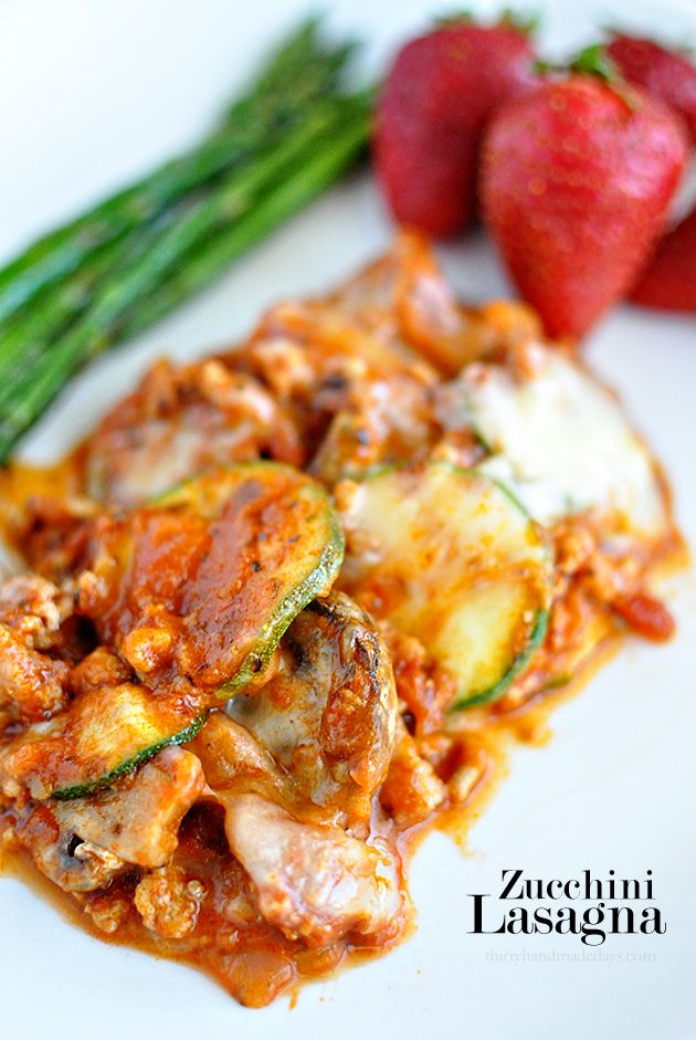 Super delicious main dish that is a healthy alternative! Give this Zucchini Lasagna a try. It's so good!  www.thirtyhandmadedays.com