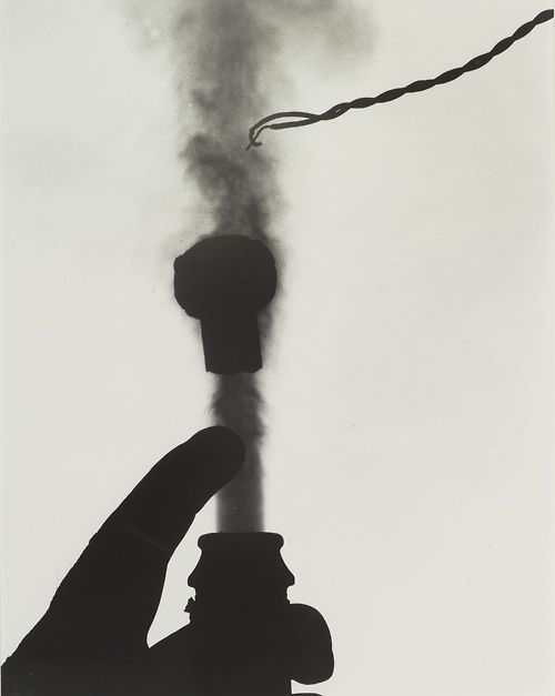 Harold Edgerton (1903-1990) - Champagne (Popping the Cork), ca 1939. S)