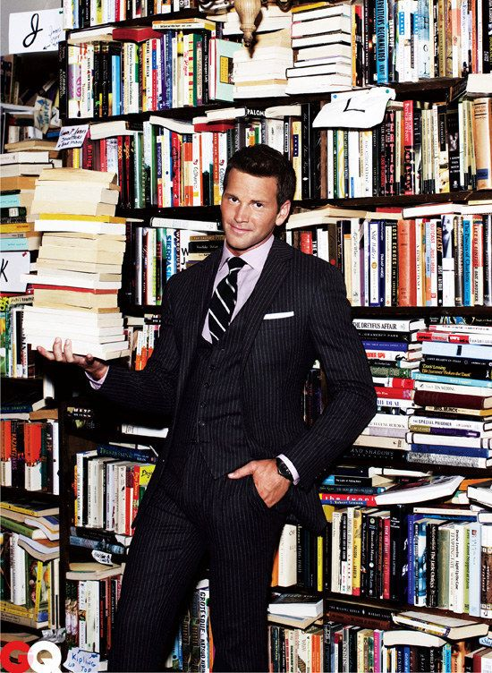 """New money, suit and tie    Aaron Schock's Downfall, Per Taylor Swift's """"Blank Space"""""""