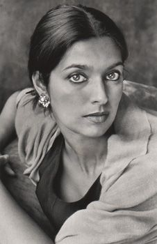 Jhumpa Lahiri is an Indian American Author. Her debut short story collection, Interpreter of Maladies, won the 2000 Pulitzer Prize for Fiction. #WomenWhoInspire