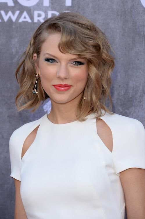 Taylor Swift - The 49th Annual Academy Of Country Music Awards 2014 - Las Vegas, Nevada