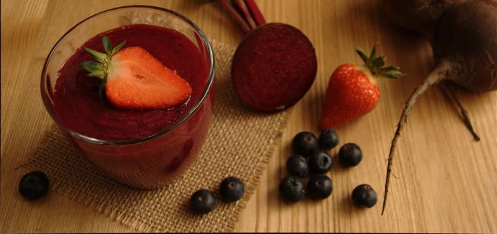 Berry Beet Detox Smoothie