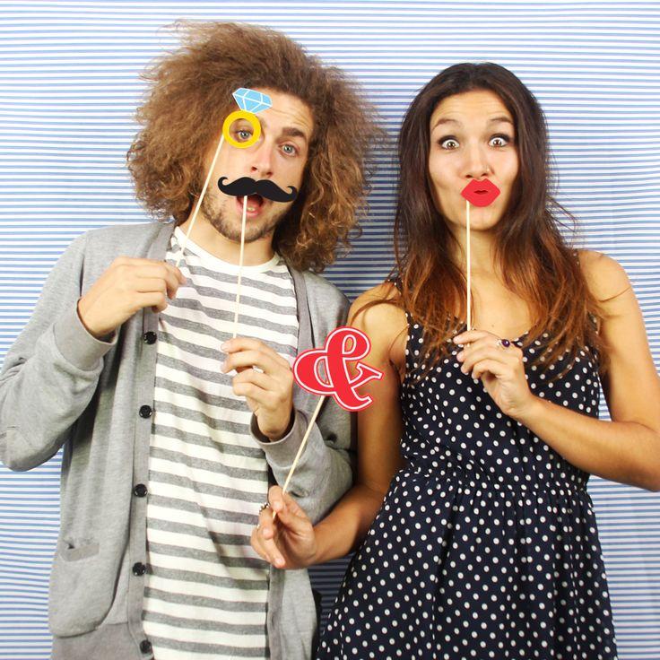 PHOTOBOOTH LOVE · · http://doiydesign.com/es/productos/65-love-booth.html #photobooth #love #couple #happy #cool www.geminioctopus.com