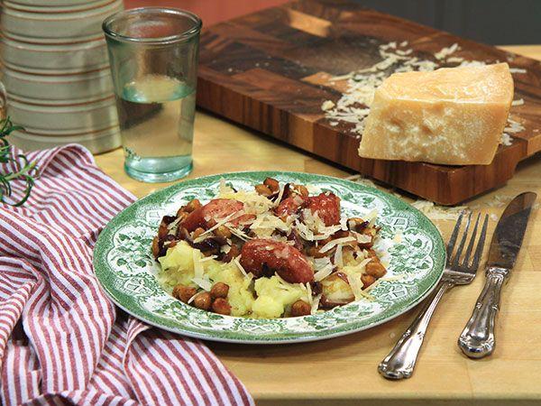 Salsiccia med rosmarin- och parmesanmos | Recept från Köket.se