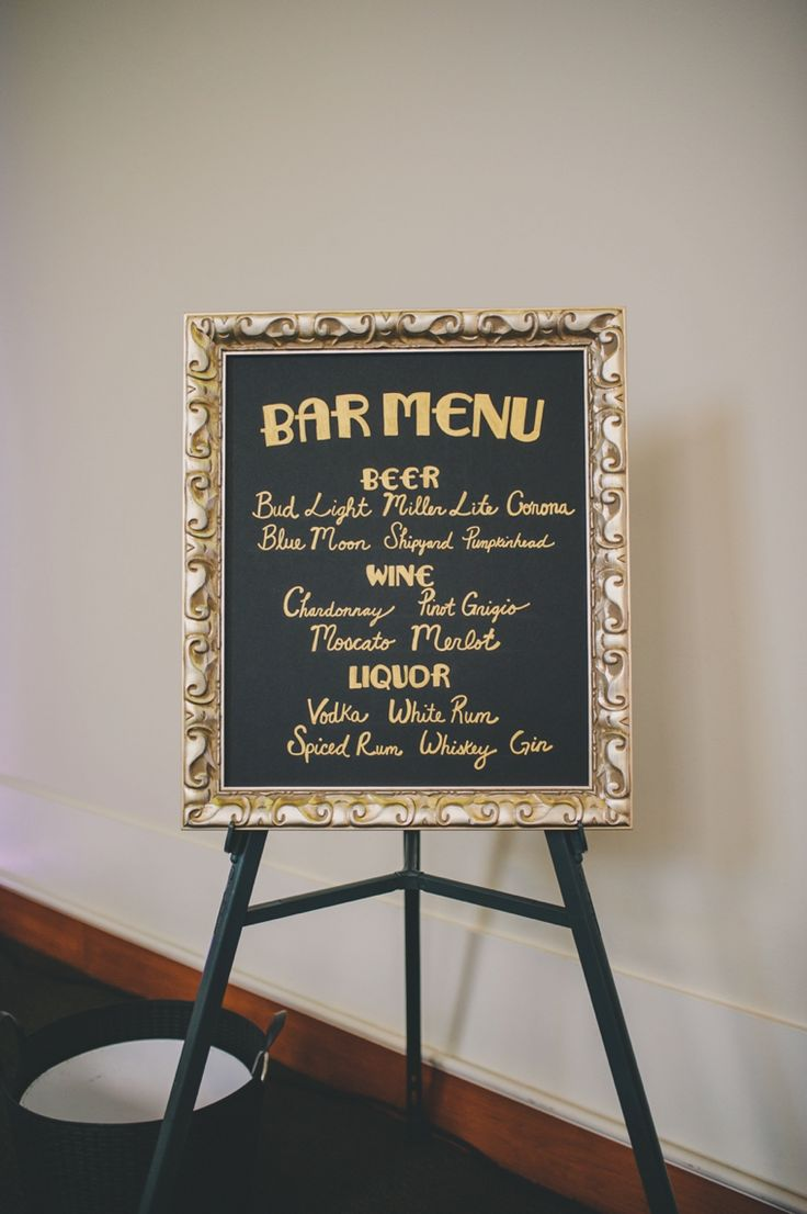 A Black & Gold 1920s Inspired Wedding via TheELD.com