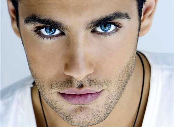 My idea of a gorgeous man. I love the dark blue eyes and dark hair and 5 o clock shadow. Can I say yummy! And check out them eye lashes.