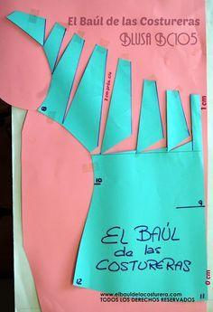 http://www.elbauldelacosturera.com/2014/09/blusa-bc115-escote-fruncido.html#more