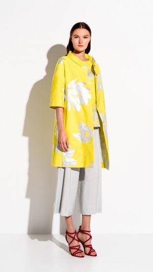 Natan Collection 3. Fleurige gele jas met schitterende print. Erg zomers! | HB MODE: Couture en Fashion, Ommen