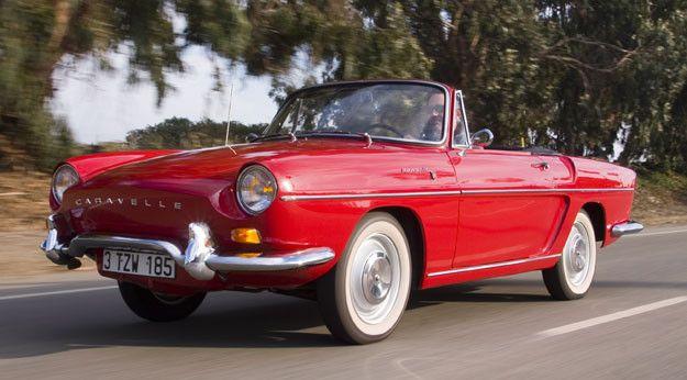 Lancée en Mai 1959, la Floride marque le retour de l'automobile plaisir chez Renault trop longtemps cantonné dans une logique de production massive depuis 1945. Elégante et raffinée, la jolie décapotable séduit d'emblée