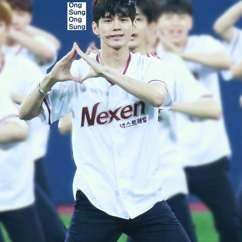 ong seung woo <3 cr:to