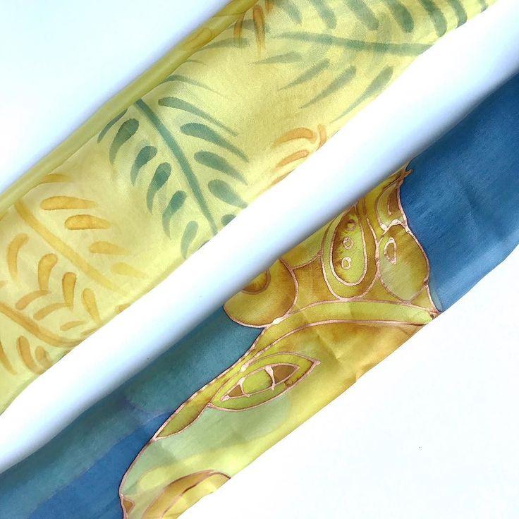 Yesterday I was in yellow-gray mood so I followed my passion. So you can wear them in pair.  #yellowgray #silkscarf #scarf #womenfashion #accessory #fashion #silkaccessory #gifrforher #luxuryaccessory #selyemkendő #szürke #magyardivat #kiegészítő #ikozosseg