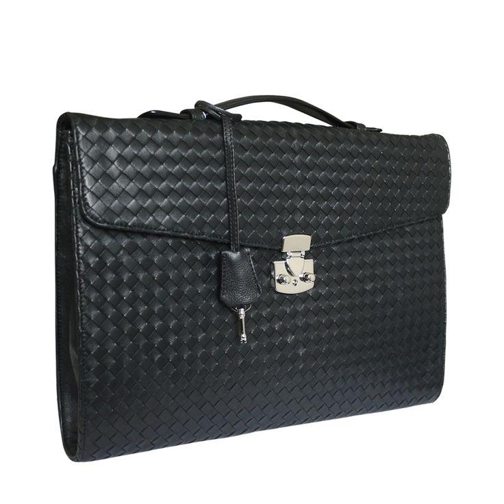 Attavanti - Fontanelli Aristea Designer Woven Leather Slim Business Briefcase - Black, £475.00 (https://www.attavanti.com/luxury-italian-leather-designer-handbags/woven-leather-bags/fontanelli-aristea-designer-woven-leather-slim-business-briefcase-black/)