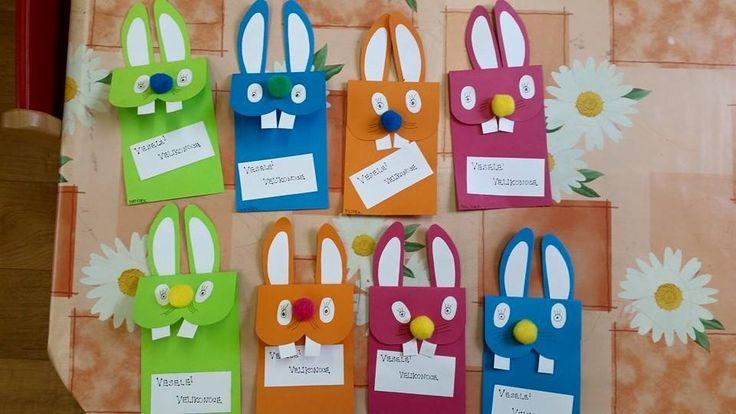 Zajíčci z tvrdého barevného papíru - Veselé Velikonoce.
