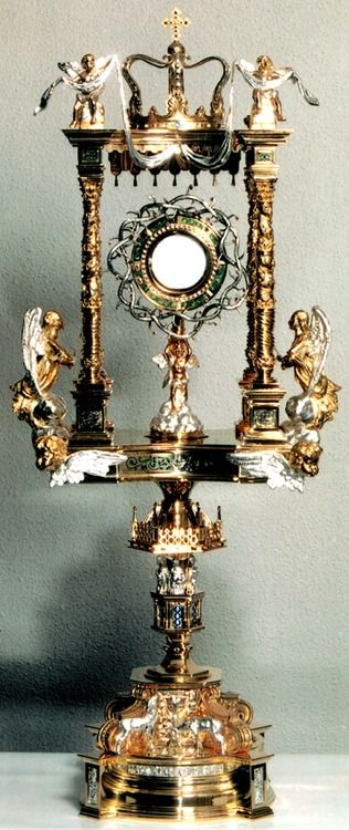 Monstrance of St. John Cantius Church, Chicago - Oh Lord we adore You!