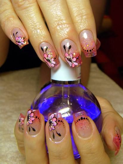 gorgeous flowers nails