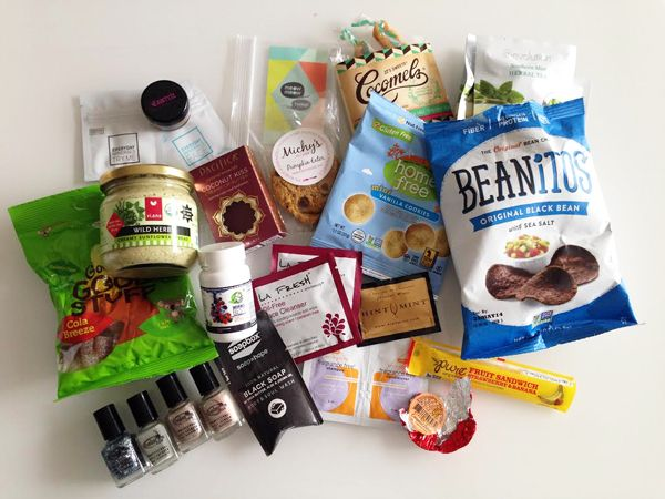 Vegan Cuts: December 2013 Beauty Box and Snack Box unboxing and initial thoughts