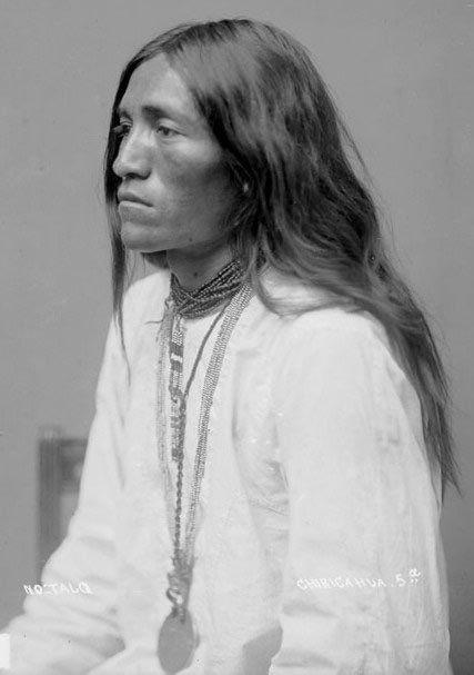 No Talq - Chiricahua Apache - 1886  (Source: pen3lopeon5aturn)