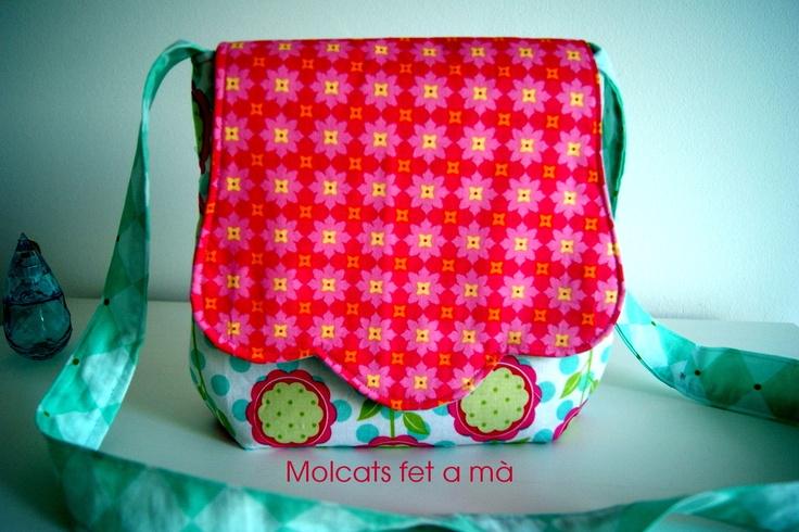 Princes handbag. Lovely colours by Molcats Fet a Ma!!