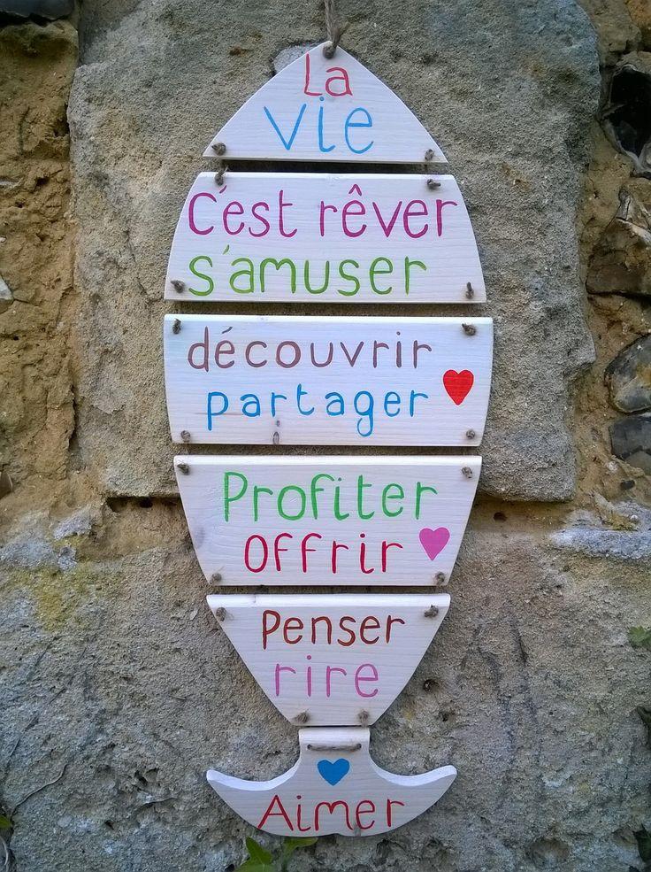 plaque en bois chantourné et ses messages - RESERVEE : Décorations murales par ptitecrea