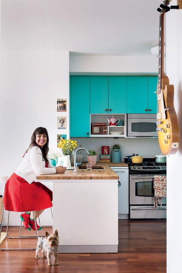 Conheça o apartamento da doceira Raíza Costa, apresentadora do programa Rainha da Cocada no GNT