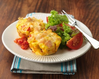 Smoked Chicken and vegetable mini frittatas http://www.foodinaminute.co.nz/Recipes/Smoked-Chicken-and-Vegetable-Mini-Frittatas