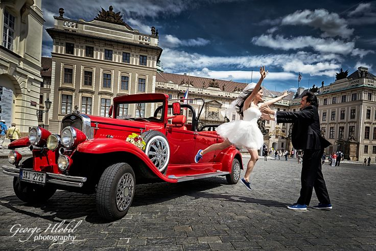 Prague is the best place for pre-wedding photo shoot, engagement or honeymoon photography - Book George Hlobil, professional photographer in Prague to get your best photos - couples, family, proposal, engagement,wedding, honeymoon, pre-wedding photos in Prague!