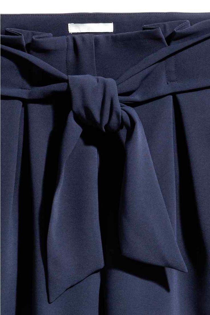 Short habillé - Bleu foncé - FEMME | H&M FR