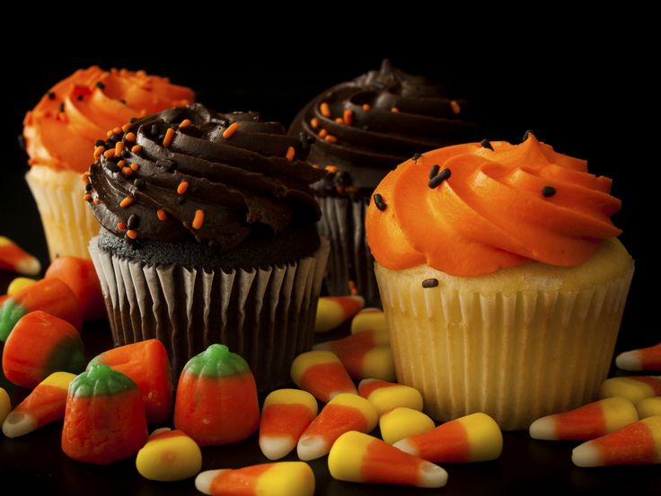Fun Halloween Recipes. So tasty and easy to whip up! www.domesticallychallenged.net
